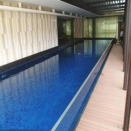 室内亚克力游泳池工程